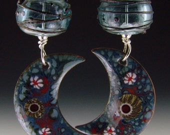 Gorgeous tri-color lampwork earrings  with speckled moon matching enameled charms