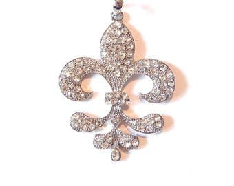 Large eathery Shaped Fleur de Lis Pendant Encrusted with Rhinestones Silver-tone
