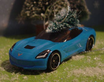 2014 Corvette Stingray car with Christmas tree ornament