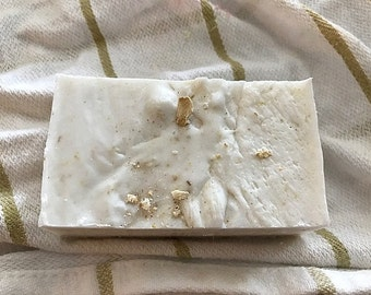 Lavendar Oatmeal Goat's Milk Soap