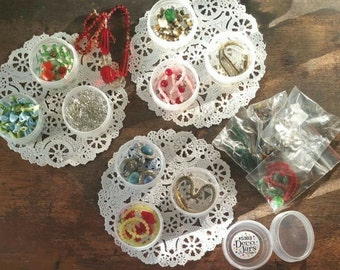 20 Clear Jewelry, Cosmetic, Candy, or Hobby Jars Clear Caps Tops  container 1 ounce Top 1 oz Ribbed Screw Caps Fast Shipping Decojars #5303