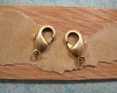 Lobster Clasp 15mm in Antique Gold from Nunn Design - 2 Count