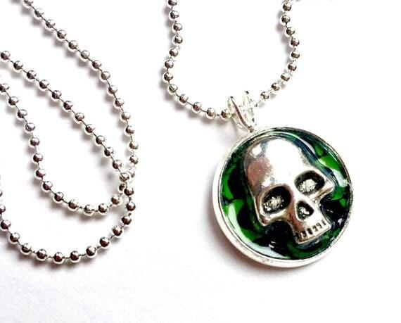 Skull Necklace, Skull Choker, Silver Skull Pendant, 16mm Goth Silver Skull Pendant with 24 inch Silver Chain, Adjustable Skull Necklace