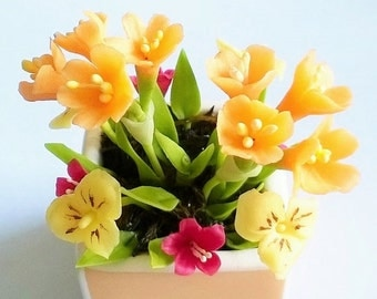 Miniature Polymer Clay Handmade Flowers, Amaryllis and Pansy, 1 pcs.