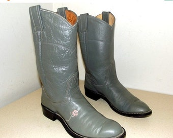 Grey Leather Roper style cowboy boots with pink stitched flower --  Nocona in a cowgirl size 5.5 A