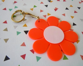 Vintage 1960's Florescent Orange and White Flower Keychain White Daisy Purse Accessory