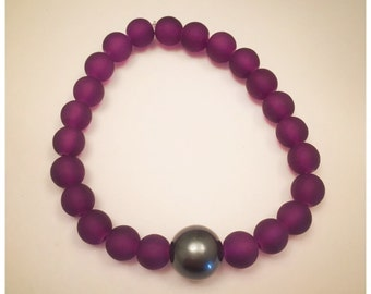 12mm Tahitian Green Shell Pearl and Purple Frosted Glass Beaded Bracelet