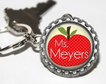 PERSONALIZED Teacher Apple (Yellow) Bottlecap Keychain - Teacher Gift, Teacher Appreciation, Thank You Gift, End of the Year Gift