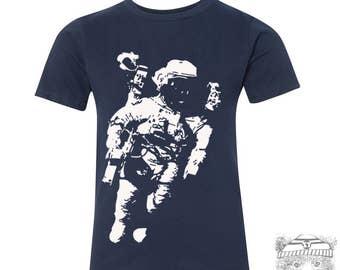 Kids SPACEMAN Astronaut Premium vintage soft Tee T-Shirt Fine Jersey T-Shirt (+Colors) - FREE Shipping