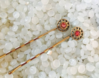 vintage barrette beautiful  bobby pin set, pink rhinestone, set in a sunburst