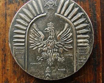 Poland bronze medal  1683-1983 Husaria  Vintage Bronze Medal   master bronze Silver plated Polish medal