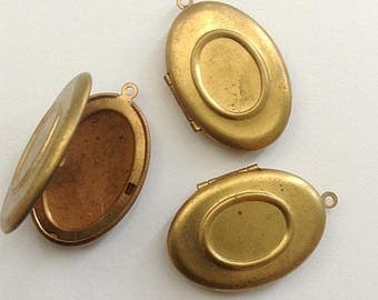Brass Oval Locket setting insert