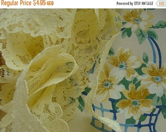 ONSALE Gorgeous Antique English Buttery Yellow Roses Soft Netted Lace Yardage