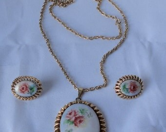 Vintage Gold Tone with Hand Painted Roses on Porcelain Pendant Necklace and Earrings Set. Cameo Demi Parure