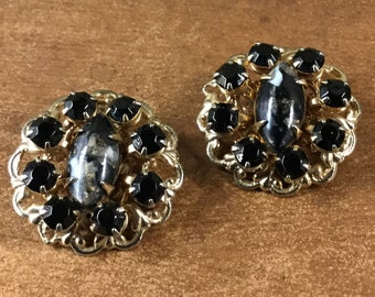 Formal Black and White Speckled Confetti Cabochon Earrings Gold Tone Setting Unsigned Clip On 1960's 1950's