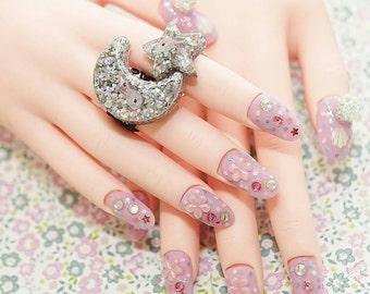 4D nails, Japanese nail art, lilac, sakura, fake nails, beads nail art, glass dome jewelry, oval nails, festive nails, Christmas nail art