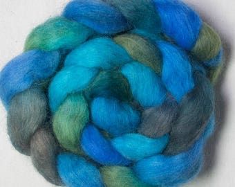Icelandic tops, Icelandic sheep, hand dyed roving,spindling, spinning wool, felting fibre, dread extensions,Handspinning, felting materials