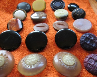 Lot of 20 Vintage BIG Chunky Coat Jacket Buttons Retro Mixed Materials