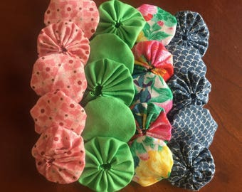 Quilting yoyos, fabric Yoyos, sewing yoyos embellishments for scrapbook APPLIQUE Quilt GARLAND