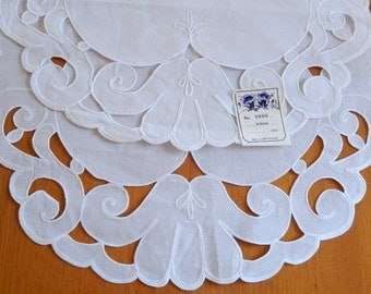 vintage linen damask runners and doilies set, made in Switzerland, pure white, table linens