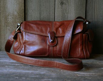 Crossbody Purse in Rich Thick Leather Red Brown Color Vintage From Nowvintage on Etsy