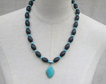 Navy and Turquoise Silver Pendant Beaded Necklace