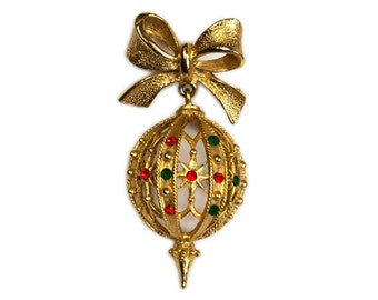 1970s Gold Tone Green and Red Enamel Christmas Ornament Vintage Pin Brooch