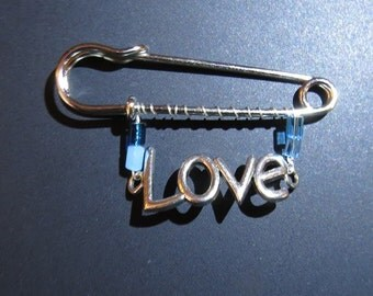 Love safety pin