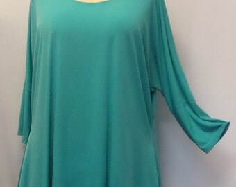 Womens Plus Size Top, Coco and Juan. Lagenlook. Plus Size Tunic, Jade Traveler Knit Drape Sides Tunic Top One Size Bust  to 60 inches