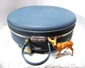 Deluxe Vintage Round Blue Train Case American Tourister Tri-Taper w/ original Bellhop Key + tag,  Ex Lrg w/ Divider Carry On Overnight, Glam