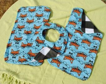 Fox print bib and burp cloth set
