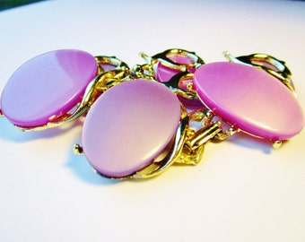 Vintage Thermoset Book Chain Purple Lavender Lilac Chunky Oval Gold Bracelet Bangle Cuff Wide Art Deco 50s Estate Rare Runway Statement