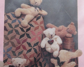 Teddy Bear Magic/Craft Sewing Pattern by Dream Spinners/1990/20 in Bean Bag Bear and Quilt Pattern