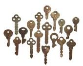 18 vintage keys Antique keys Old keys Interesting old keys Flat keys Old Odd keys Bulk keys Wedding Authentic keys Real keys Original #5F