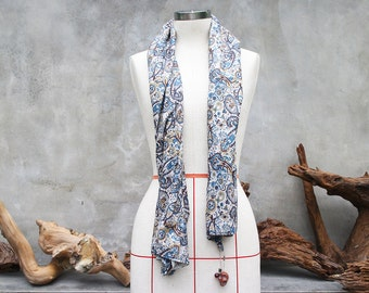 Brown & blue paisley cotton weighted scarf with large brown howlite skull charm