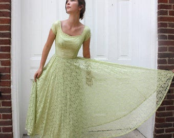 1950s Formal Evening Dress - Pale Lime Pear - Ballerina Length - Wedding Prom - Bouffant Style Tulle - XS  S