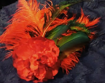Red Peacock Clip