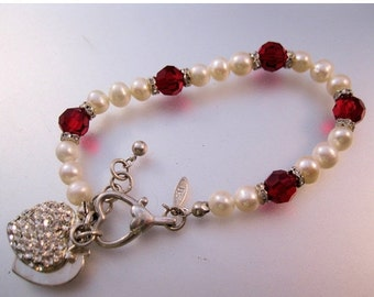 "SALE NOW ON Ends 2/27/16 Vintage Signed Tr Genuine Fresh Water Pearl Rondelle Faceted Red Crystal Beaded Heart Charm Bracelet 7.75"" to 8.75"""