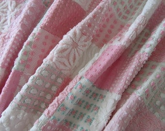 """Vintage Chenille Baby quilt made in shades of pink & white with Rosebuds crib size 30"""" x 50"""" - #900-43"""