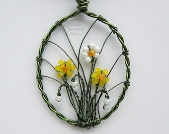 Spring Flowers pendant, daffodil pendant, snowdrop pendant, MADE TO ORDER, spring necklace, spring pendant, bunch of daffodils, snowdrops