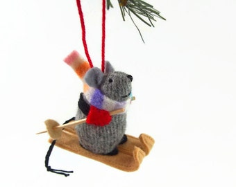 Christmas Mouse, Christmas ornament, hanging mouse,  waldorf mouse, mouse ornament, winter mouse, skiing mouse, skier gift