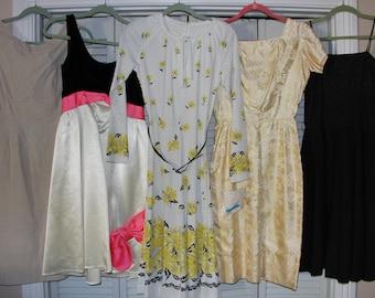 Lot of VINTAGE Dresses - 1950's 1960's - Vintage Clothing - Cotton Velvet Silk Poly