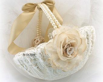 Flower Girl Basket, Champagne, Ivory, Gold, Beige, Tan, Lace Girl Basket, Vintage Inspired, Elegant Wedding, Round, Pearl Handle, Pearls