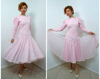CARLYE 1950s Dress Pink Lace Flattering Skirt Cocktail Party Prom Wedding Formal dress S