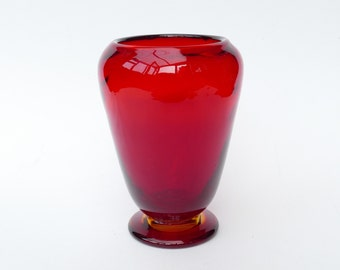 WHITEFRIARS Glass VASE - Ruby with Amber Foot - Wealdstone Vase