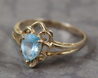 Vintage 10K Gold Aquamarine Ring Size 5.75