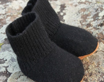 Cashmere Baby Booties: 0-6mo.