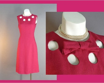 60s dress 1960s vintage HOT PINK MOD peekaboo circle neckline chic curvy dress