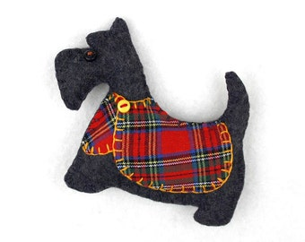 Scottie dog magnet, Felt dog magnet, Scottie dog Christmas ornament, Dog Christmas Ornament, Handmade Scottish terrier magnet, Dougal