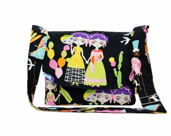 Black Frida Esperanza Messenger Bag / Crossbody Bag